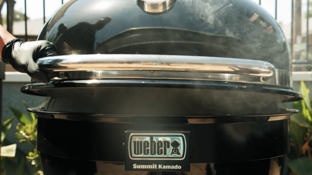 Weber summit kamado lid